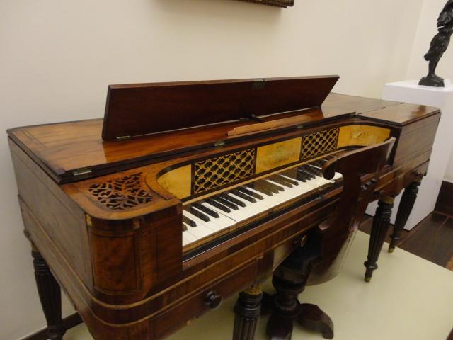 Piano Inglês